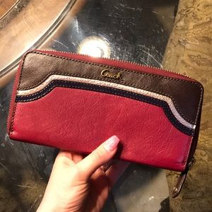 Coach wallet new with tag